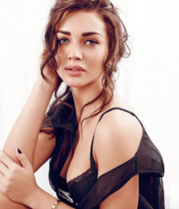 Amy Jackson Hot Wallpaper, Amy Jackson Movies, Amy Jackson in Sarees, Amy Jackson Songs, Amy Jackson Dresses, Amy Jackson Husband Name, Amy Jackson Husband Photo, Amy Jackson Parents,