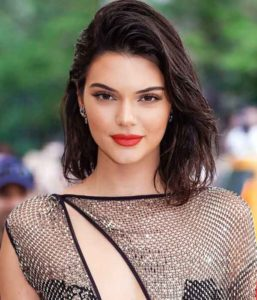 Kendall Jenner Body, Height, Siblings, Net Worth and Family