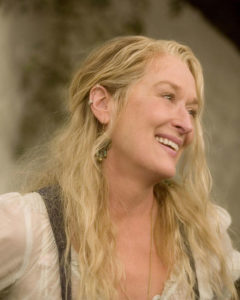Meryl Streep Body, Height, Weight, Bra Size, Body Shape, Net Worth & Affairs.