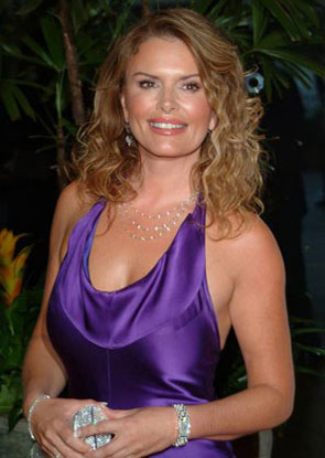 Roma Downey Age, Roma Downey Net Worth, Roma Downey Daughter, Roma Downey Movies, Roma Downey Husband, Roma Downey Touched by Angel,