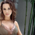 Lacey Chabert Age, Height, Body, Baby, Education, Movies, Diet & Net Worth